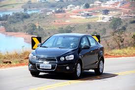 Ao volante: Chevrolet Sonic LTZ é um sedã descolado | Autos ...