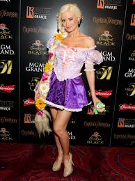 spirit halloween in las vegas stacy keibler hosts halloween party in las vegas stacey keibler