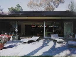 ESSY   NOIR  Bailey House