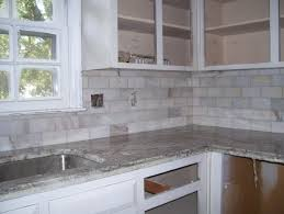 backsplash combinations of shiny cobalt blue and pure white and