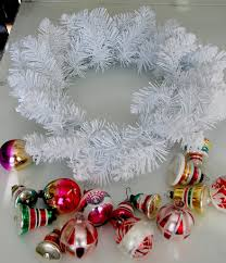 vintage ornament holiday wreath tauni co