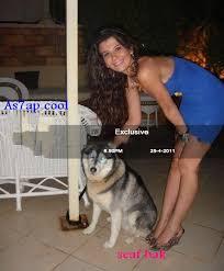 صور يارا نعوم مع الذئاب والكلاب واصدقائها