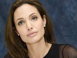 Angelina Jolie01 0