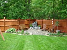 Landscaping Ideas For Backyards by Best 20 Inexpensive Backyard Ideas Ideas On Pinterest Patio