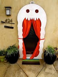 porte entre dune manire crative et originale pour halloween 3d