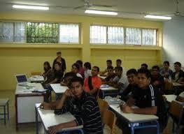 Μαθήματα Ελληνικής Γλώσσας, ιστορίας και πολιτισμού σε μετανάστες στο Κέντρο Πληροφόρησης Νέων Νίκαιας –Αγ. Ιωάννη Ρέντη