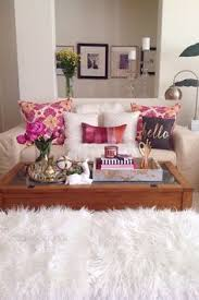 this pink tufted bench from homegoods really makes my living room