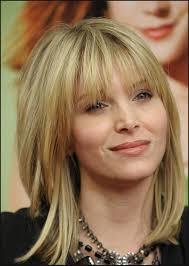oval face medium hairstyle women medium haircut