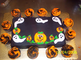simple halloween cake halloween decorations cakes cricut cake decorations martha