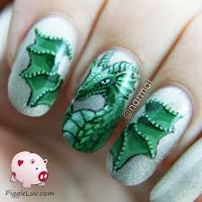 piggieluv green dragon nail art
