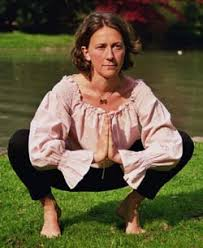 luna yoga ilka mutschelknaus - ilka