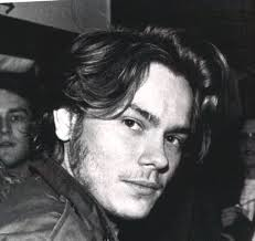 River Phoenix - American actor who was nominated for an Oscar and Golden Globe Award Images?q=tbn:ANd9GcQQFc4zRXFHR5r0_WbRJfi2CynYBzfY3PqxpbXNjEaxMTlgG8esEhoy4v-TBg