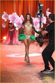 Victoria`s Secret 2012/2013 Images?q=tbn:ANd9GcQQoGb6tL5vJdz64ieCJaeOGWatM0ds82XfWeZNQbAziKvS-_YreQ