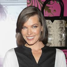 "Try the Medium Brow Like Milla Jovovich. These days we're all ""big eyebrows this"" and ""big eyebrows that. - milla-jovovich-medium-eyebrows-main"