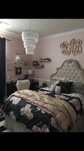 best 20 rustic teen bedroom ideas on pinterest cute teen tween teen girls bedroom decor pottery barn rustic blush black stripped rug monogram antlers collage shelves
