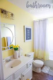 Colors For A Small Bathroom Best 25 Yellow Bathrooms Ideas On Pinterest Yellow Bathroom