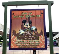 mickeys not so scary halloween party 2017 halloween at mickey u0027s not so scary halloween party magic kingdom