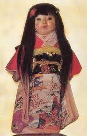 La muñeca Okiku Images?q=tbn:ANd9GcQSzycjKkuOnLpigABgnl8uf6KumTbQsUdbow_eKpSPJnHfPqKoyheWUx77