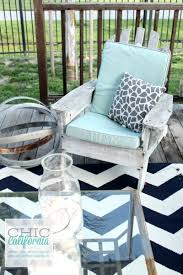 How To Clean Outdoor Patio Furniture by How To Clean Your Outdoor Furniture Cushions Chic California