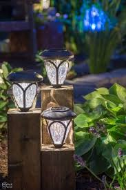 Solar Fence Lighting by Best 20 Backyard Lighting Ideas On Pinterest Patio Lighting