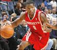 Rockets guard Aaron Brooks
