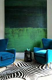 Turquoise And Green Lounge Room Ideas Color Clash Emerald And Teal Emily Henderson