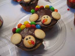 cute thanksgiving cupcakes easy and cute turkey cupcakes happy home fairy