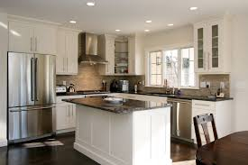 Small U Shaped Kitchen by Small U Shaped Kitchen With Breakfast Bar Streamrr Com