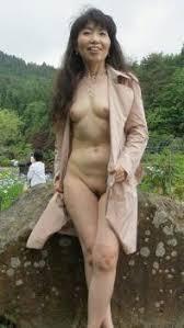 熟女 顔出し 投稿|熟女投稿画像】自らの裸や下着姿をネットに晒して興奮する素人 ...