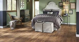 Uniclic Laminate Flooring Lowes Laminate U0026 Hardwood Flooring Buy Pergo At Lowes Pergo