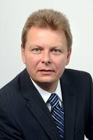 Oliver Kraft (oben) ist neuer DB Netz-Chef, Ralph-<b>Peter Hänisch</b> (unten) sein <b>...</b> - DB-Haenisch_01