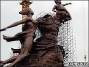 Senegal inaugura estátua maior do que o Cristo Redentor