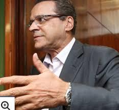 Do blog de Josias de Souza (Uol): No RN, Henrique Alves se alia a PSB e PSDB 20140326-094801.jpg O presidente da Câmara, Henrique Eduardo Alves, ... - 20140326-094801