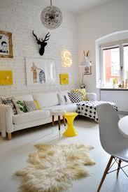 Yellow Interior by Best 25 Mustard Wallpaper Ideas On Pinterest Trendy Wallpaper