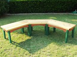 Plans To Build A Picnic Table Bench by How To Build A Semi Circular Wooden Bench How Tos Diy