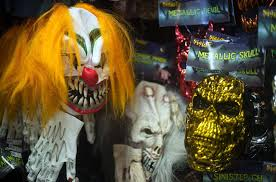 spirit halloween corporate target stops selling clown masks amid frenzy over u0027creepy clown