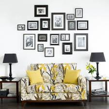 How To Decorate Walls by How To Decorate A Wall With Pictures 25 Ways To Dress Up Blank