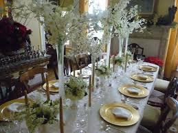 Christmas Decor In The Home Decorations Simple White Decoration In Small Dining Room With