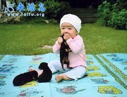 صوراطفال محكة اطفال مضحكة Images?q=tbn:ANd9GcQces-5HHAGTImrdTU2WTrrYuOrmHh-0iQbAS9lhPYOPbRxzhZbf_VJ3SeNMg