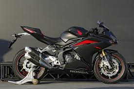 cbr racing bike price 2017 honda cbr250rr launch price feature specifications