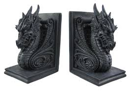 amazon com gothic dragon bookends midieval book ends evil