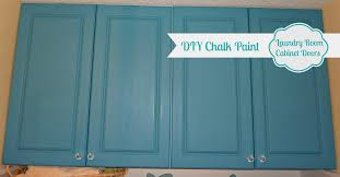 How To Paint Kitchen Cabinets Like A Pro Diy Chalk Painted Doors The Love Affair Continues The Happy
