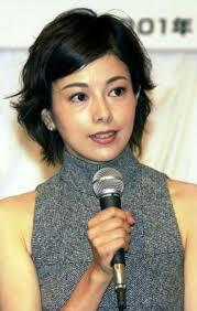 沢口靖子の裸の画像 http://image-bankingf25.com/tokimeki/img/otakara/201606/arimori_narimi/ma16061102_arimori_narimi-07.jpg