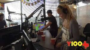 Y    San Antonio     s New Country Leader   Y    jerrod niemann flip cup with miles in the morning