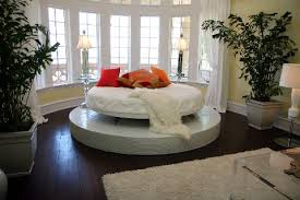 Masterpiece furniture bedrooms images?q=tbn:ANd9GcQiPz3M1cUreQfTKfv-fQ-5bficRm7lJ19y8UJP0PRSdTf6Edo7tg
