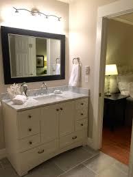 bathroom update remodel on a budget benjamin moore edgecomb