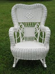 Painting Wicker Patio Furniture - spray painting wicker rocking chair wicker patio furniture
