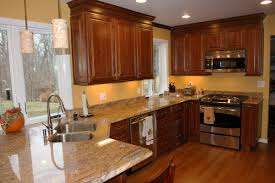 Best Kitchen Cabinet Paint Colors by Wall Color Ideas For Kitchen With Dark Cabinets Yeo Lab Com