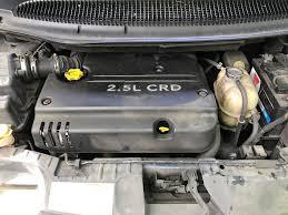 chrysler grand voyager crd lx 2499cc turbo diesel 5 speed manual 7