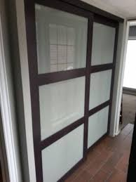 Sliding Barn Closet Doors by Master Bedroom Closet Doors Lighting Over Closet Doors Window